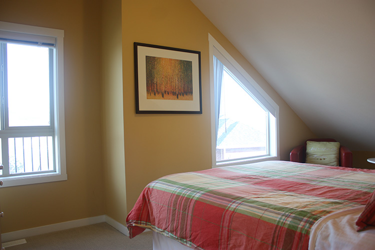 2bedroomLeftRidgebedroom